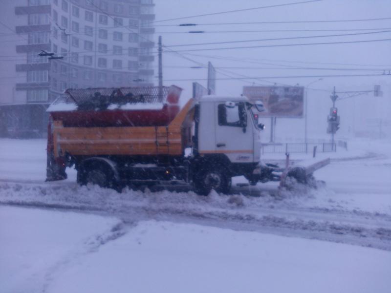 """Результат пошуку зображень за запитом """"Франківськ снігоочисна техніка"""""""