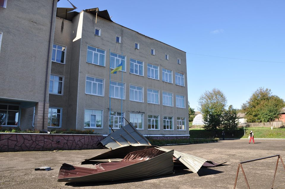 Без крыш остались 5 соцобъектов в ЗКО