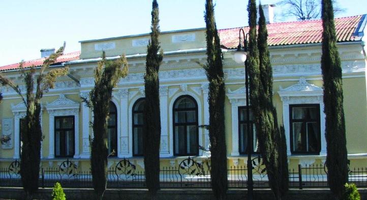 Знайомимось з історичними спорудами Івано-Франківська: будинок в якому проживав Франко (фото)
