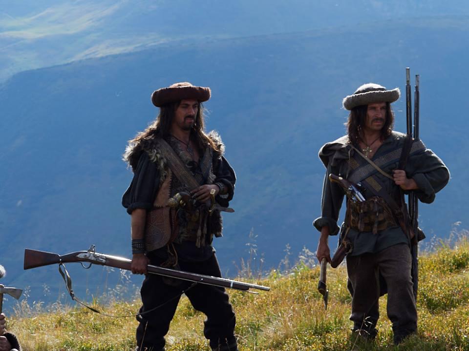 Як відомі франківські актори Держипільський та Гнатковський перевтілились в опришків у фільмі про Олексу Довбуша (фоторепортаж)
