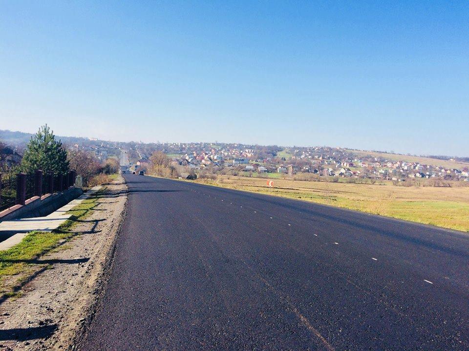 В Службі автомобільних доріг повідомили, які дороги було відремонтовано в 2018 році (фоторепортаж)